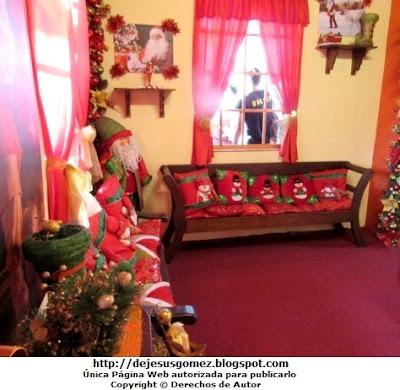 Sala de Papa Noel (Santa Claus), dentro de su Casa en la Villa de Papa Noel. Foto de la Sala de Papa Noel tomada por Jesus Gómez