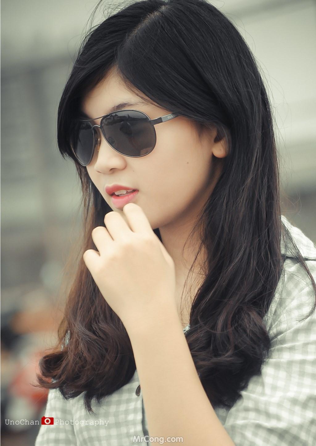 Image Vietnamese-Girls-by-Chan-Hong-Vuong-Uno-Chan-MrCong.com-233 in post Gái Việt duyên dáng, quyến rũ qua góc chụp của Chan Hong Vuong (250 ảnh)