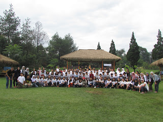 FAMILY GATHERING - Program Outbound Lembang Bandung