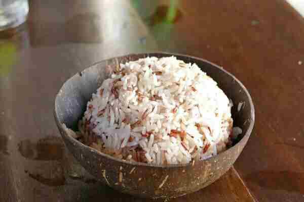 बासी चावल खाने के फायदे जानकर हैरान रह जाएंगे आप