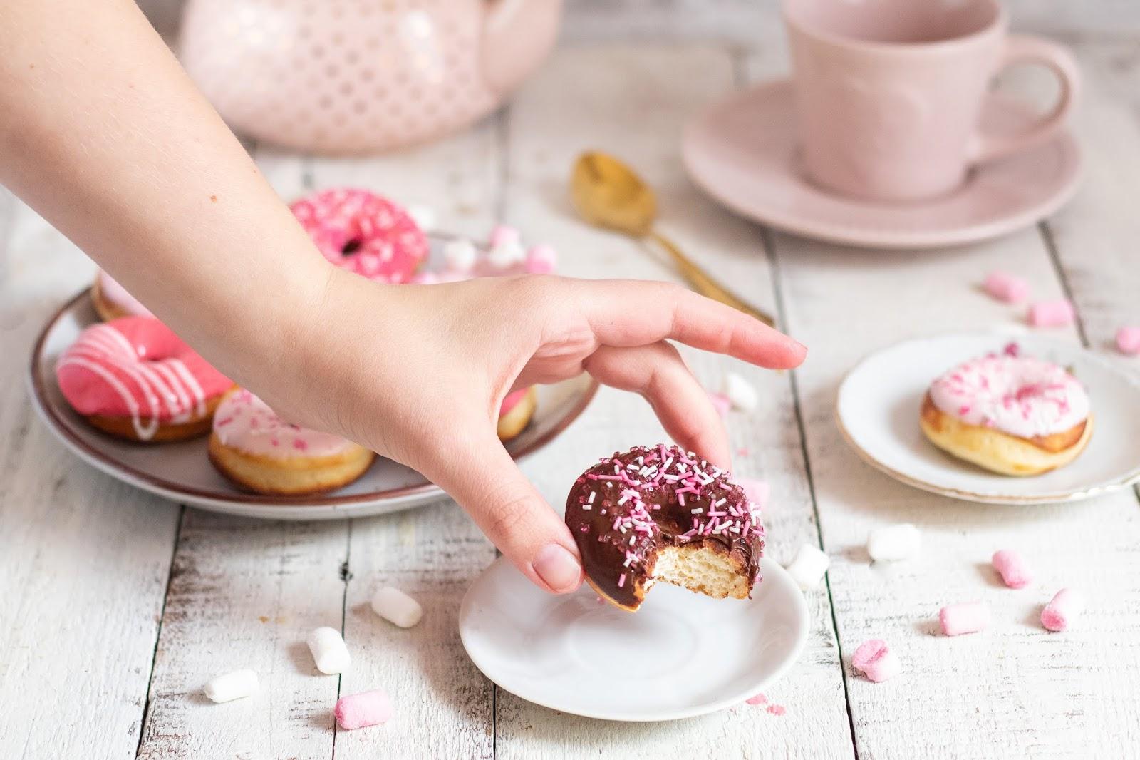 Recette de délicieux mini donuts super girly et sans friture !