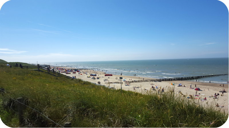Blick von den Dünen auf den Strand von Domburg, Provinz Zeeland, Holland (Niederlande) | Arthurs Tochter Kocht von Astrid Paul