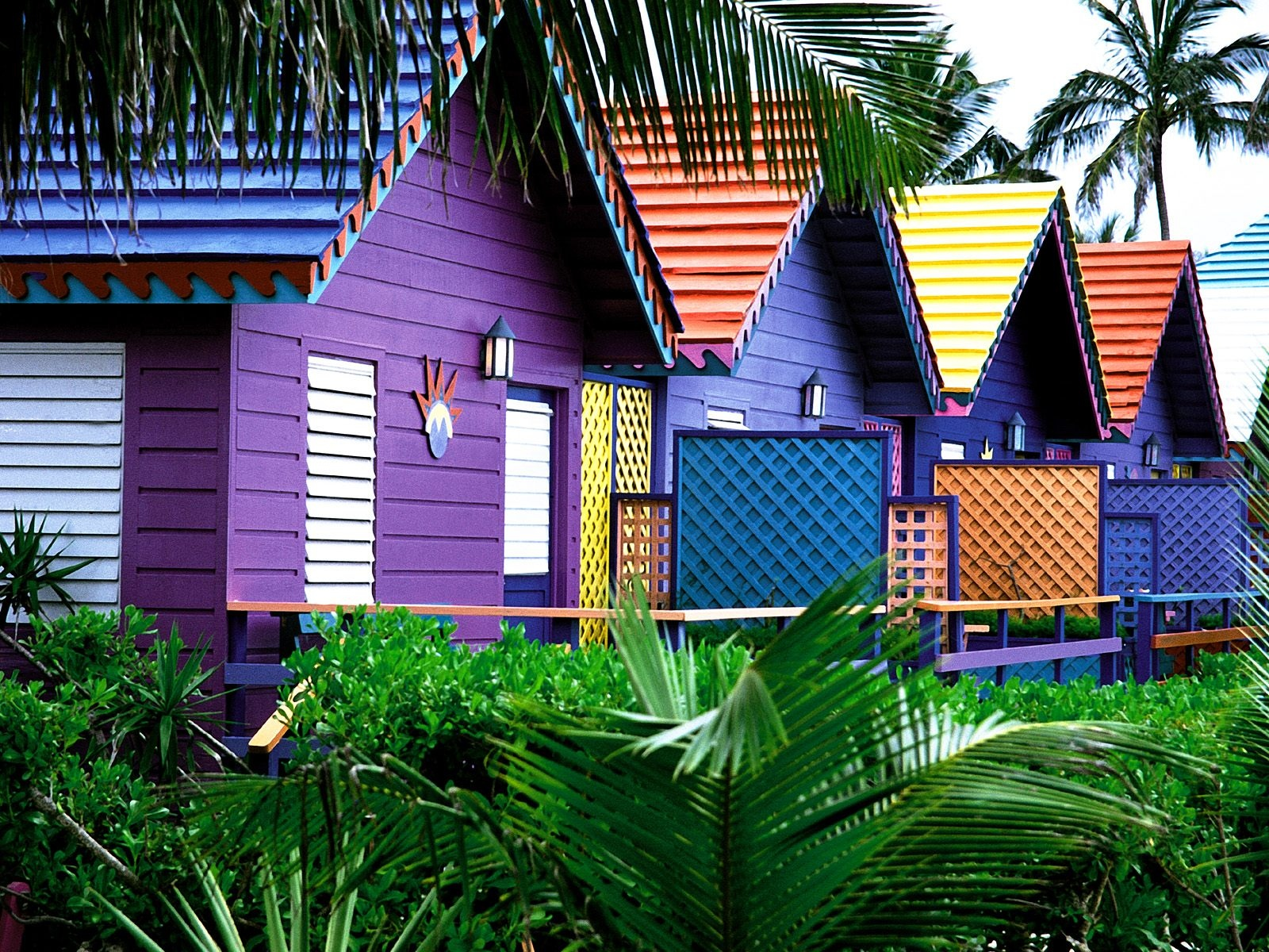 Desktop Wallpaper: Colorful Wood Cottages Desktop Wallpaper - photo#45