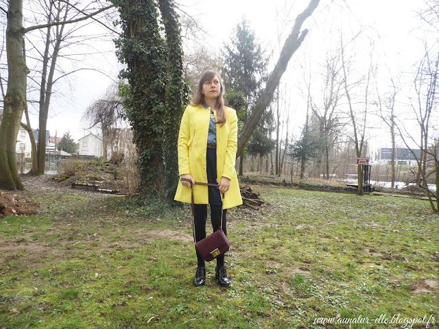 tenue femme, veste jaune