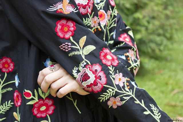 Detalles bordado vestido