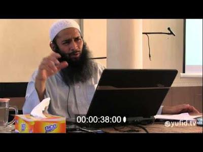 ustadz syafiq basalamah: RAIHLAH CAHAYA DENGAN MEMBUKA AL-QUR'AN