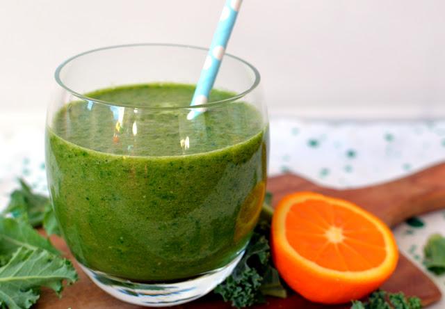 zielone%2Bsmoothie Zielone smoothie z jabłkiem i pomarańczą