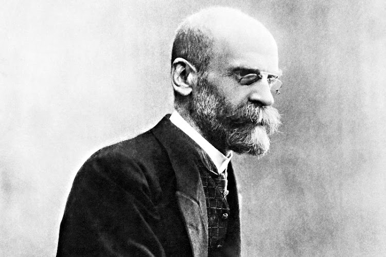 emile durkheim and max weber The four classical theorists of modernity are as follows: 1 karl marx: it is  commodification 2 max weber: it is rationality 3 emile durkheim: it is  differentiation 4.