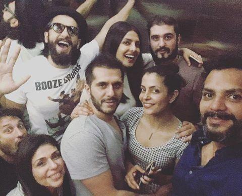 Priyanka-Chopra-with-Ranvir-Singh-and-Other-Guys