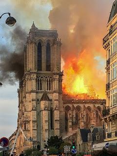 Incendie_Notre_Dame_de_Paris.jpg