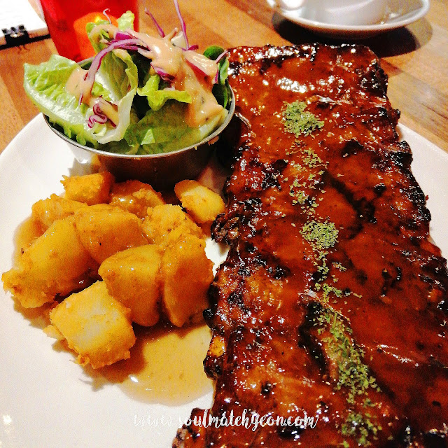 Signature Pork Ribs @ The Chubs Grill, Plaza Shell