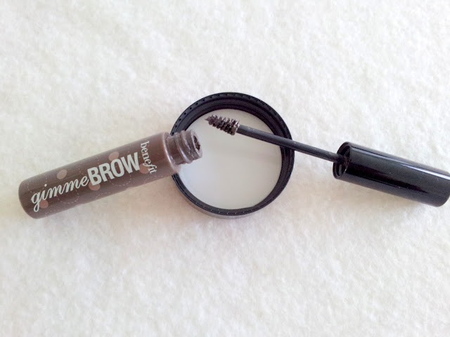 gel-sourcils-benefit