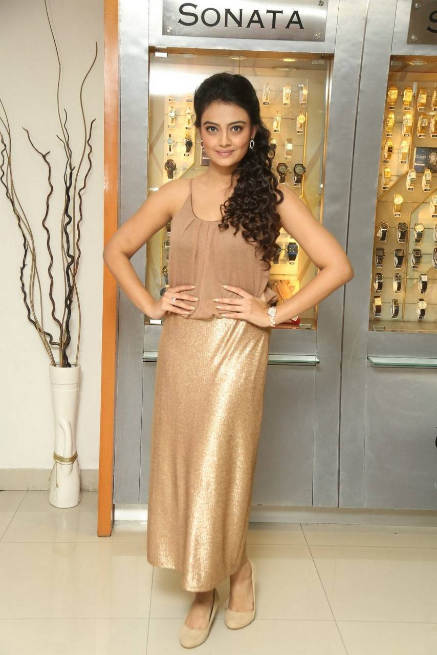 Telugu Model Nikitha Narayan Stills At Sonata Show Room