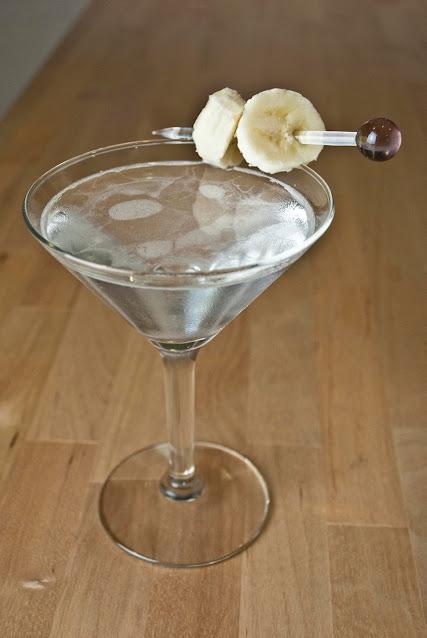 banana split cocktail martini, vanilla vodka, banana liqueur, creme de cacao, banana split photo, banana split picture, banana split image