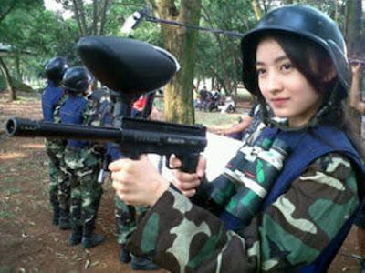 Natasha Wilona mau menembak