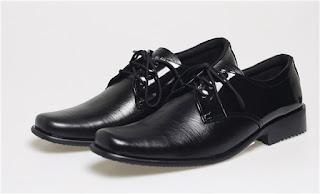jual sepatu kerja grosir, sepatu pantofel pria kulit,gambar sepatu kerja bertali, model sepatu kerja kulit asli,grosir sepatu kerja pria,grosir sepatu formal bandung cibaduyut,toko sepatu kerja online bandung