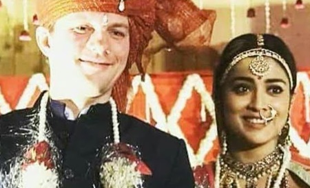 Shriya Saran-Andrei Koscheev Trending Wedding Video