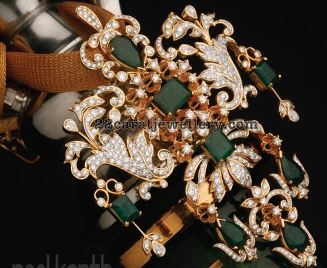Diamond Emerald Pendant by Neelkanth Jewellers