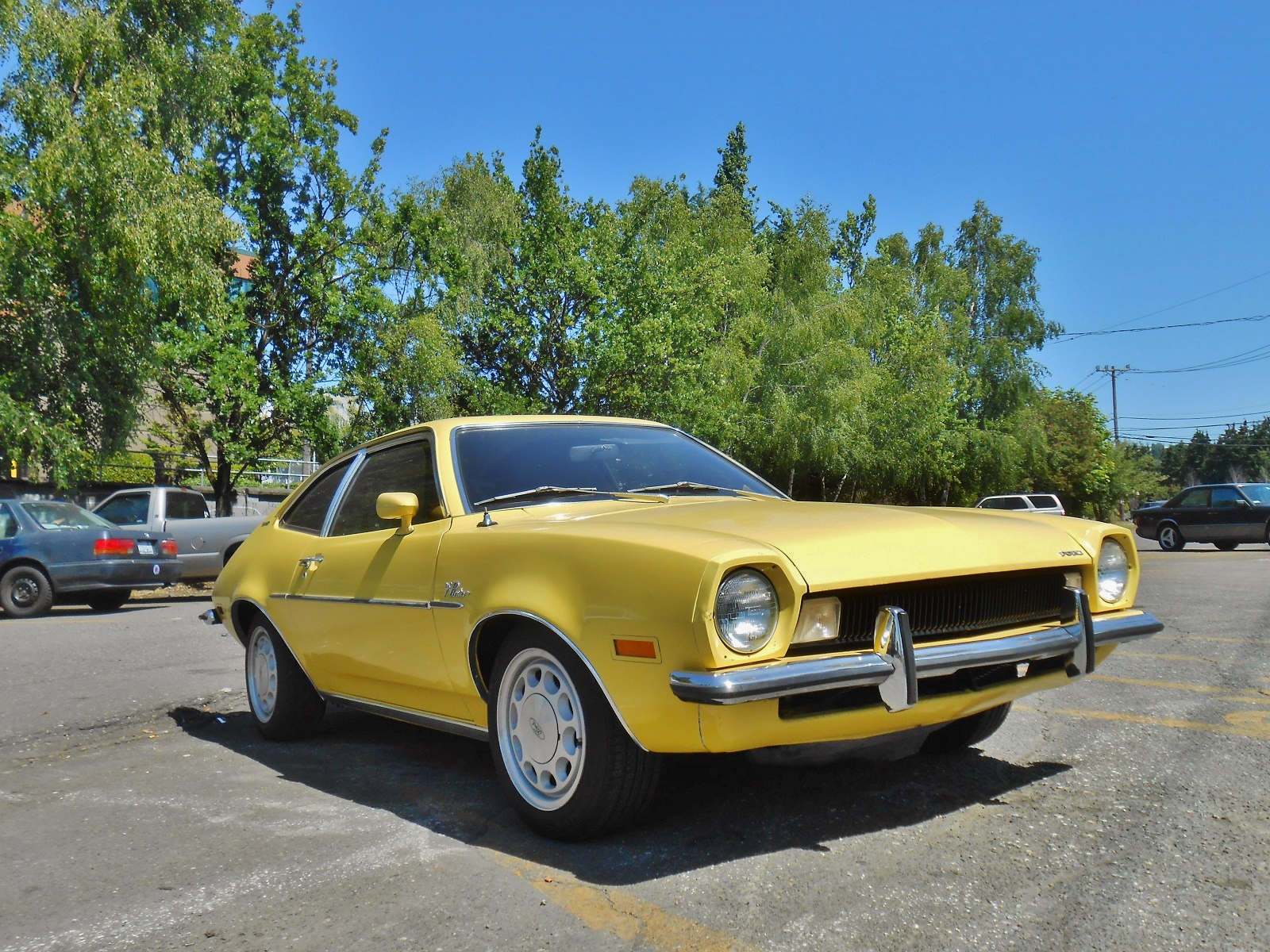 Seattle's Parked Cars: 1972 Ford Pinto Runabout