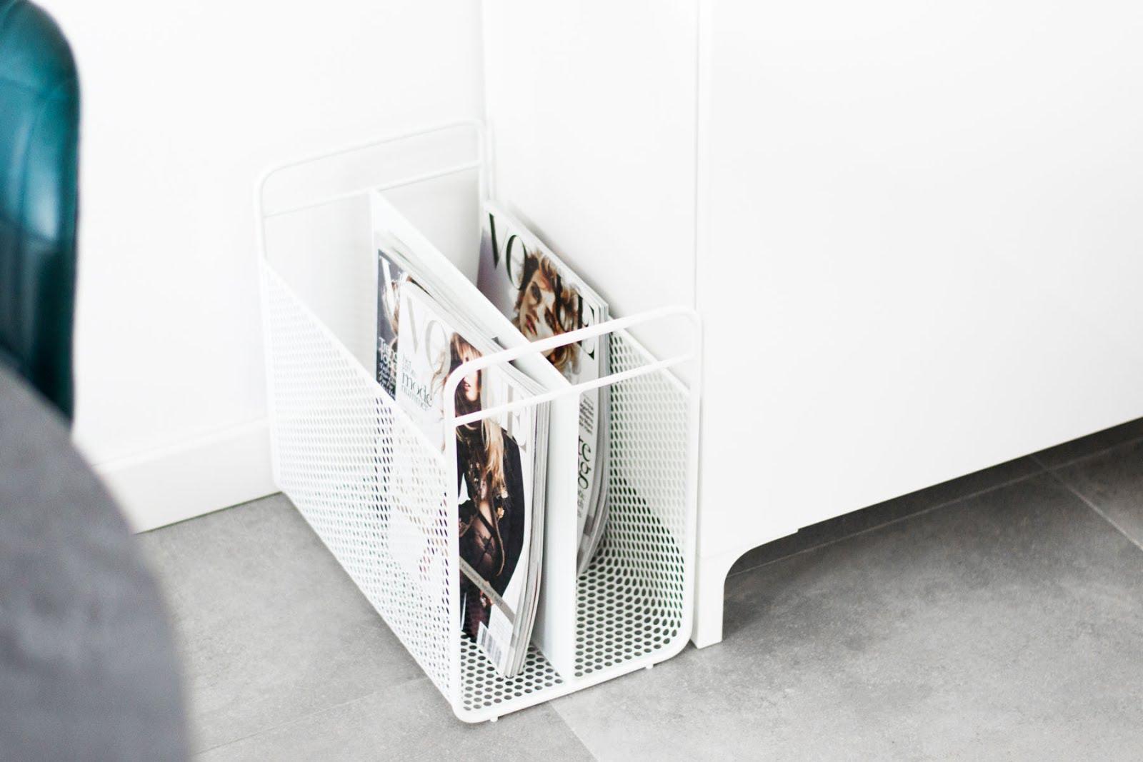 Norman Copenhagen Analog magazine holder, tijdschriftenrek, houder, Minster design, wit, interieur