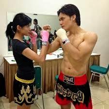 Chelsea Olivia mempelajari Muay Thai