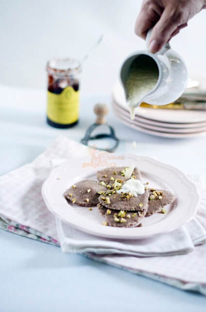 ravioli-chocolate-frambuesa-crema-vainilla2