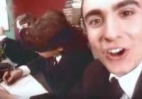 videos-musicales-de-los-90-modestia-aparte-como-te-mueves