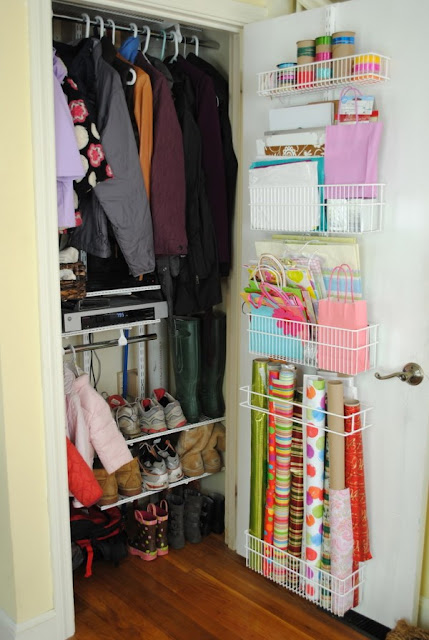 Closet muy peque o for Ideas para closets pequenos
