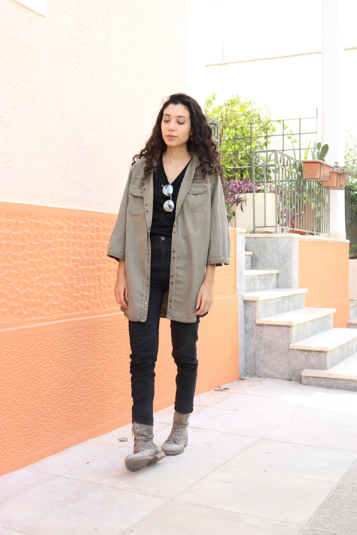 black transitioning to autumn outfit