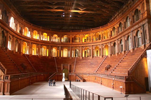 Teatro-Farnese-Parma