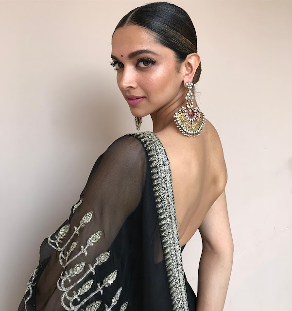 Deepika Padukone Looks Absolutely Stunning In These Latest Pics
