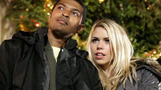 Doctor Who The Christmas Invasion.Doc Oho Reviews The Christmas Invasion Written By