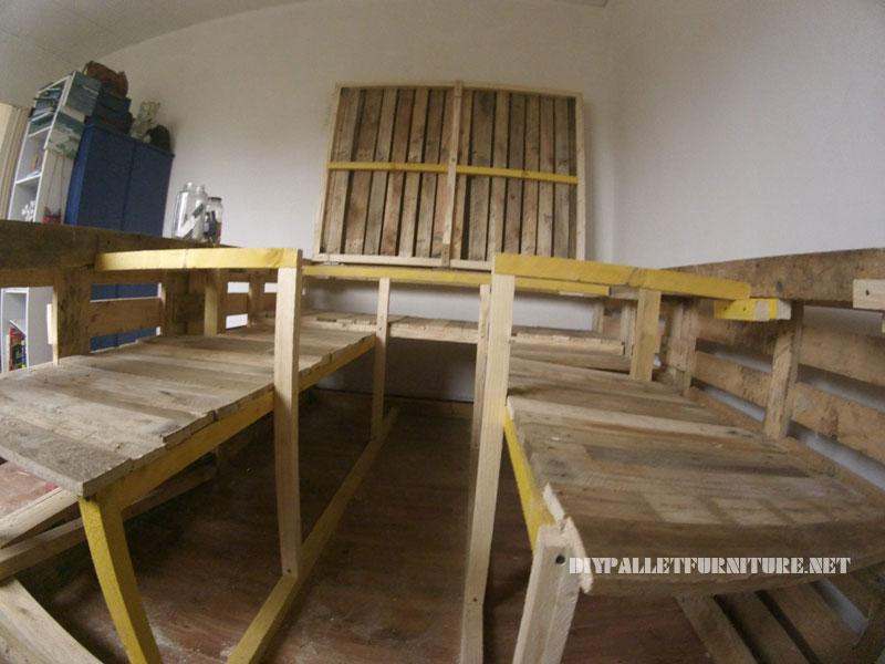 Estructura de cama con espacio - Estructuras con palets ...