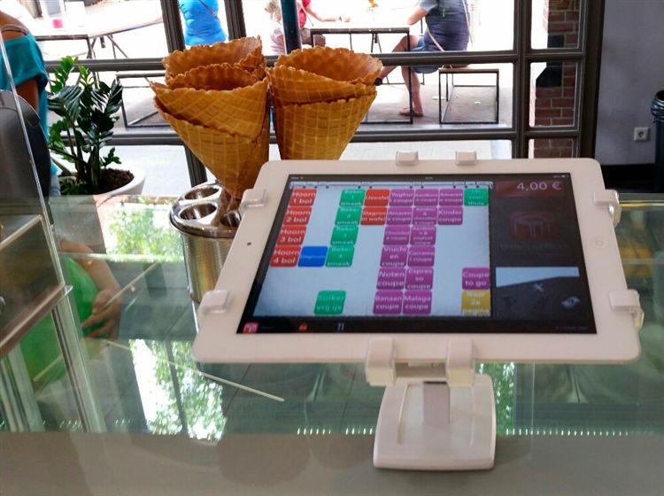 冰淇淋專賣店也使用Gripzo平板防盜架來防護他們的平板電腦,ipad平板電腦防盜防竊鎖立架,平板電腦展示陳列防盜鎖立架