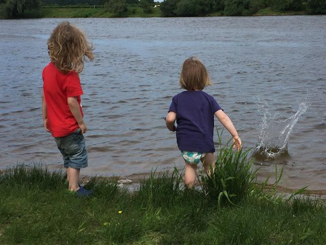 Urlaub mit zwei Kleinkindern - In der Weser