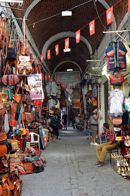 La Medina of Tunus-Deri çantalar