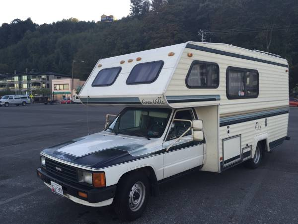 used rvs 1986 toyota rv camper for sale by owner. Black Bedroom Furniture Sets. Home Design Ideas