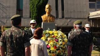 Exército realiza homenagem a soldado assassinado por grupo Terrorista LIGADO a ex-presidente DILMA ROUSSEF