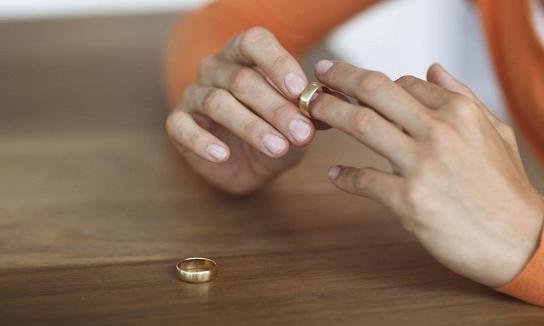 Inilah Ciri Istri Yang Rasulullah Suruh Pria Untuk Diceraikan
