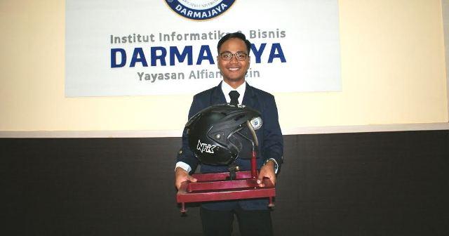 Mahasiswa Darmajaya Lampung Rancang Sistem Keamanan Helm