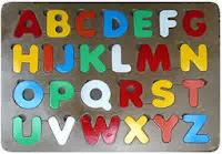 Mainan Puzzle Kayu Anak Huruf Besar