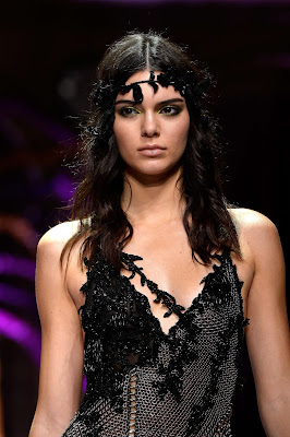 Kendall Jenner in a gothic lace gown at the Atelier Versace Fall/Winter 2015 Paris Haute Couture Fashion Week Show