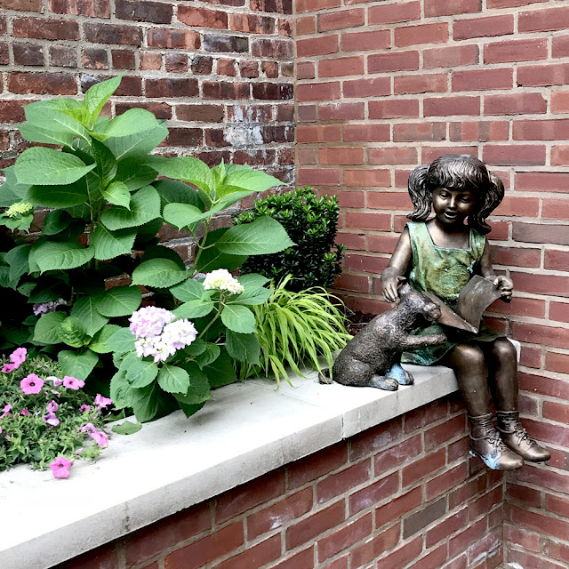 Hoboken Secret Gardens Tour 2018 | Linzer Lane Blog