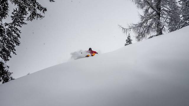Hacks Tiefschneefahren Ski