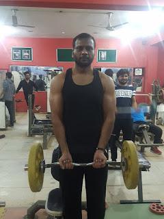 Ez-Bar curl Biceps