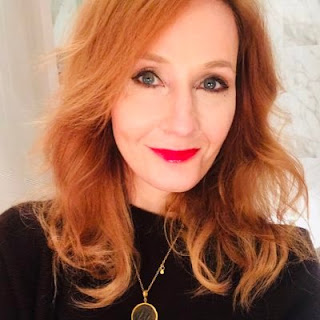 J K Rowling | Life Review | Poetry Zone