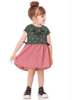 Lojas de moda infantil no Brás