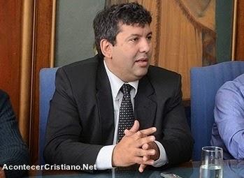 Pastor Orlando Quiroga director de centro penitenciario juvenil