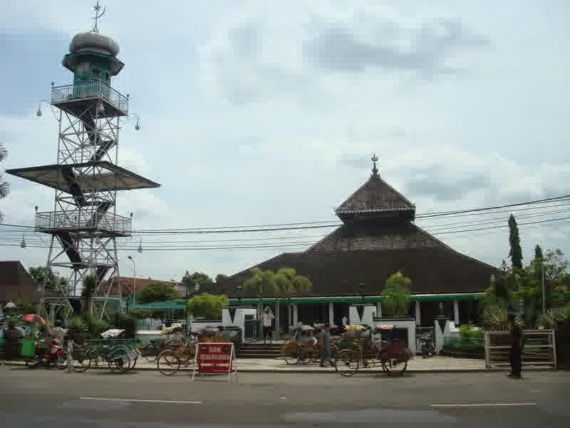 Masjid Agung Demak Jawa Tengah Yang Megah