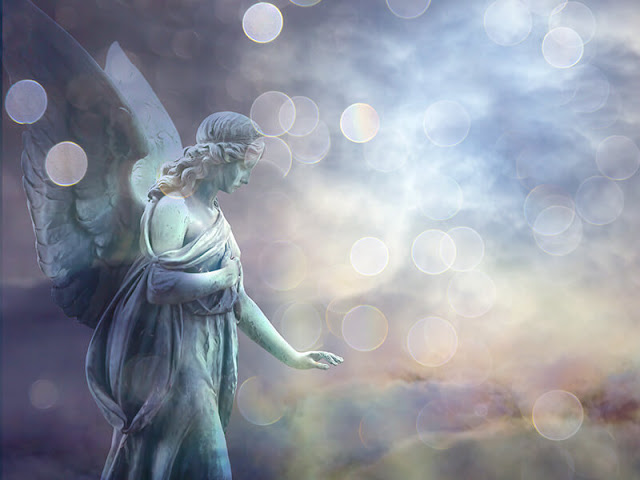 angel-clouds-statue-sparkle-light_credit...rstock.jpg
